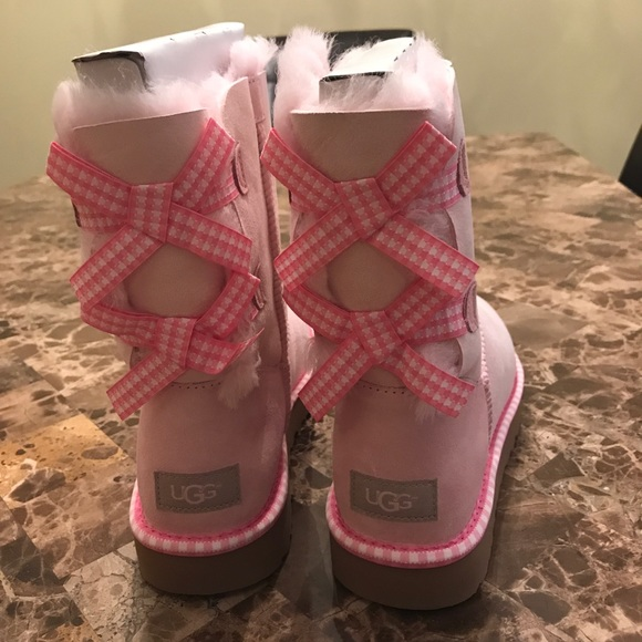 39025211120 Brand New Uggs Pink Bailey Bow Gingham shell pink NWT